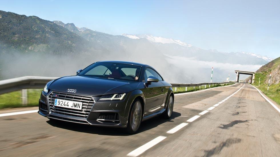 Prueba Audi TTS carretera montaña lujo deportivo