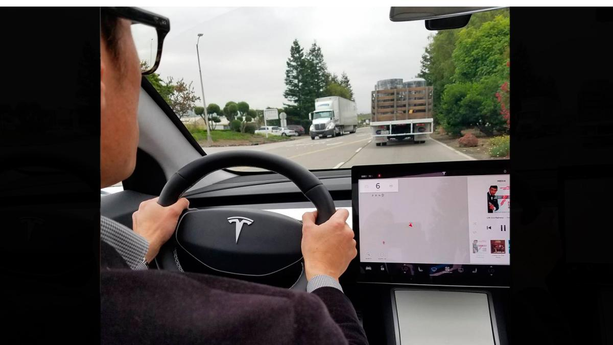 Tesla Model 3, interior