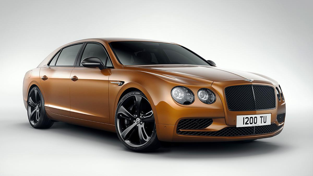 Bentley Flying Spur W12 S: ¡el lujo a 325 km/h!