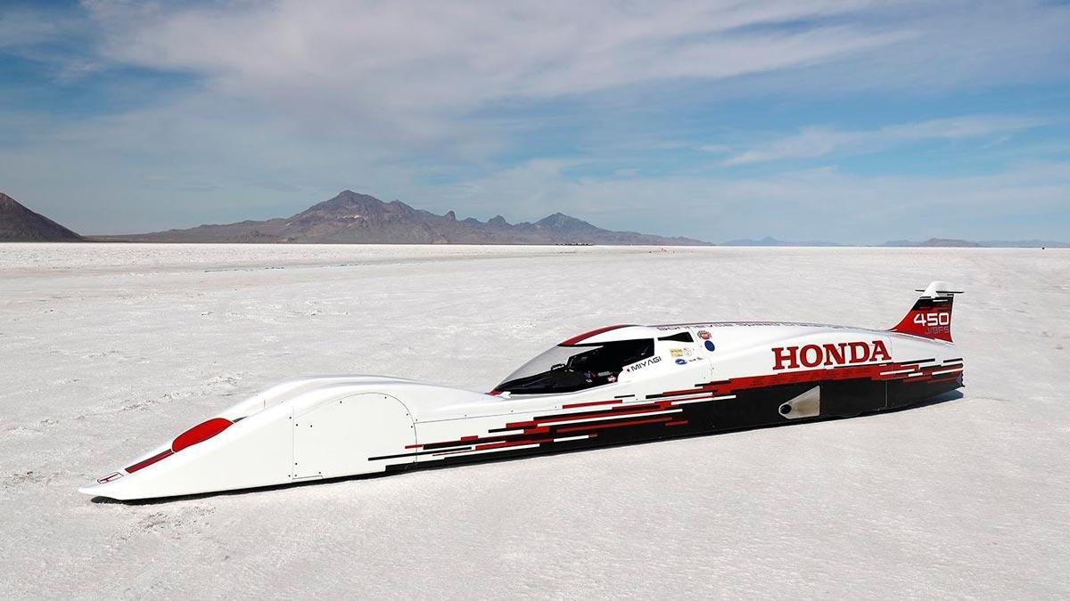 Honda S Dream Streamliner record velocidad tres cilindros bonneville