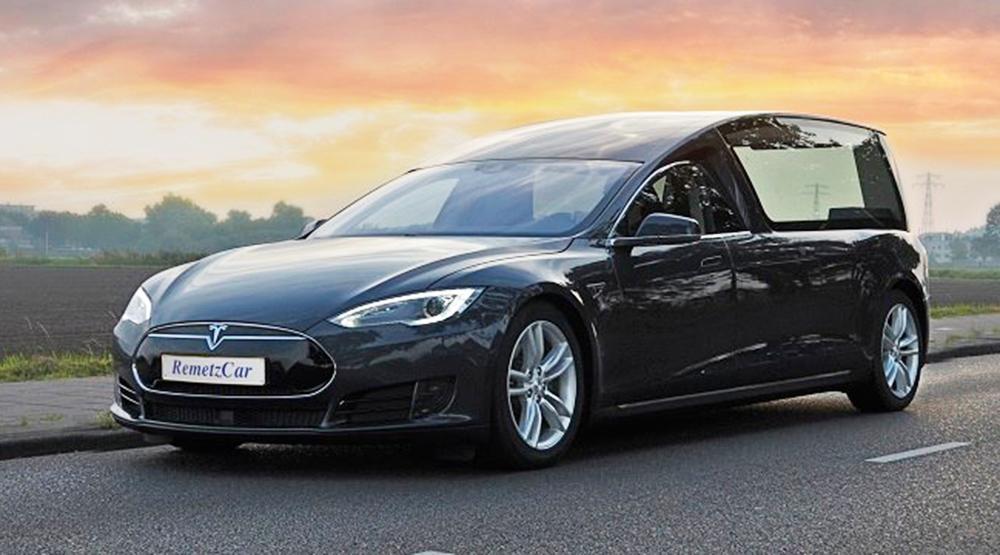 El Tesla Model S fúnebre