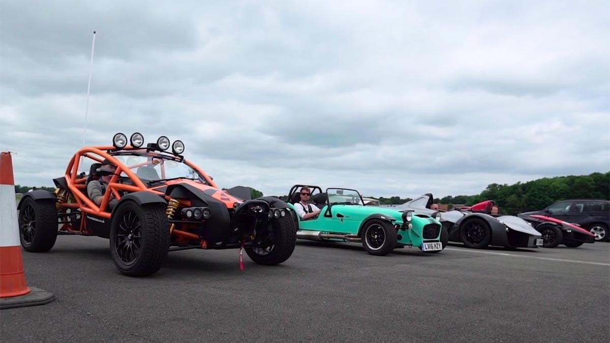 Drag race deportivos ligeros ariel atom nomad caterham 620s bac mono