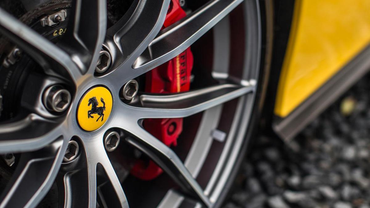 Ferrari F12tdf: bajo la lupa