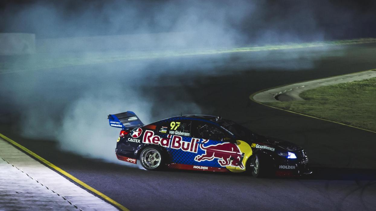 Holden Commodore V8 drift