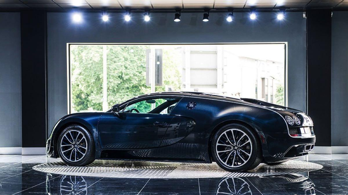Bugatti Veyron Super Sport Blue Carbon lateral
