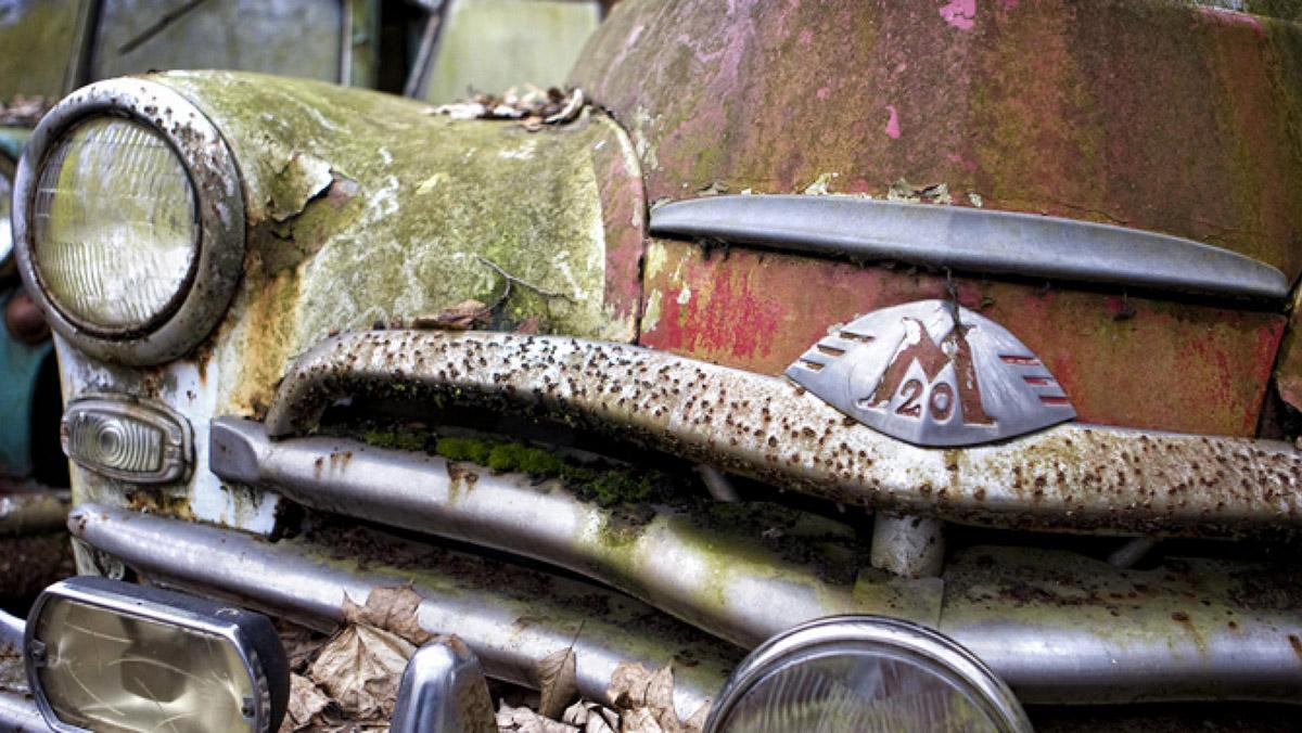 El cementerio de coches más flipante que has visto nunca