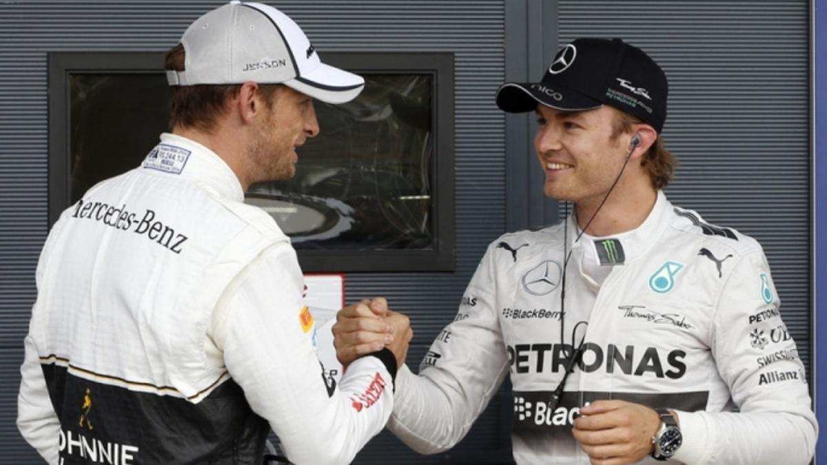 Nico Rosberg y Jenson Button, dos de los tres campeones del mundo que más carreras han necesitado para serlo