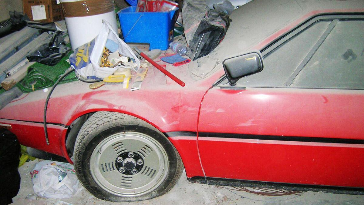 Este BMW M1 ha estado abandonado en un garaje 34 años