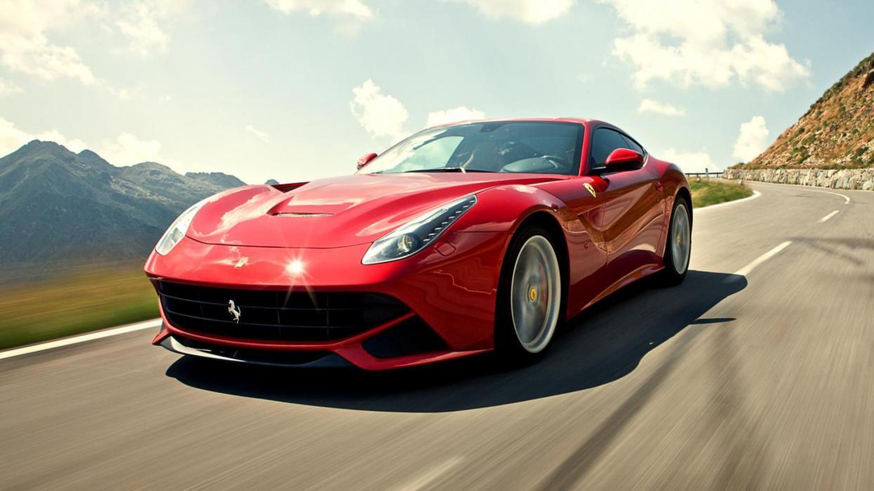 Ferrari F12 GT deportivo lujo