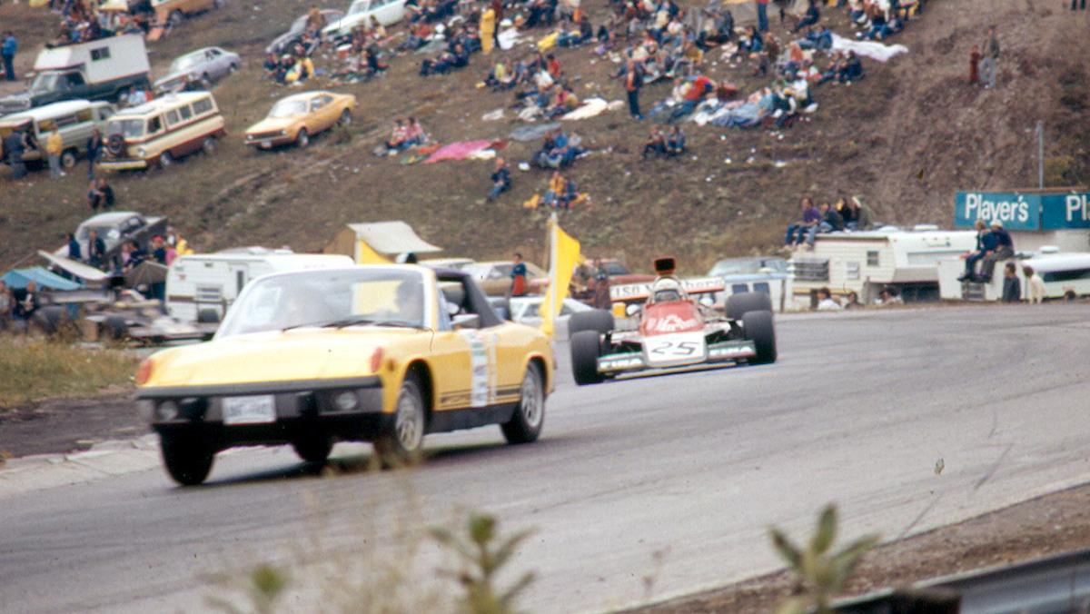 El primer coche de seguridad que salió a pista fue un Porsche 914 en el GP de Canadá 1973