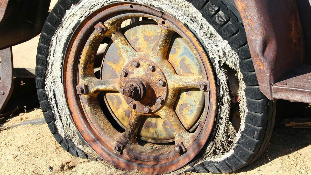 ¿Tus neumáticos son de tipo G? La has cagado...