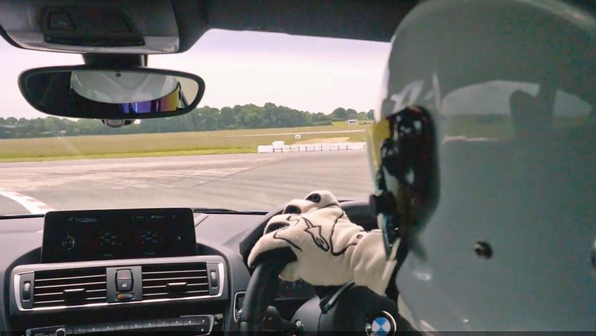 Una vuelta al circuito de Top Gear con el BMW M2... y The Stig