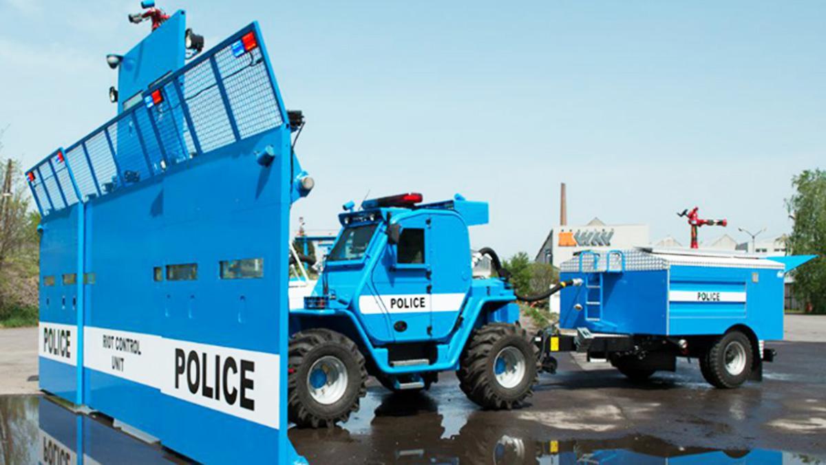 Bozena Riot, el vehículo antidisturbios definitivo