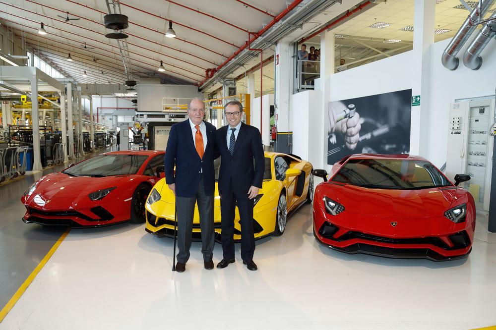 Rey Juan Carlos en Museo de Lamborghini