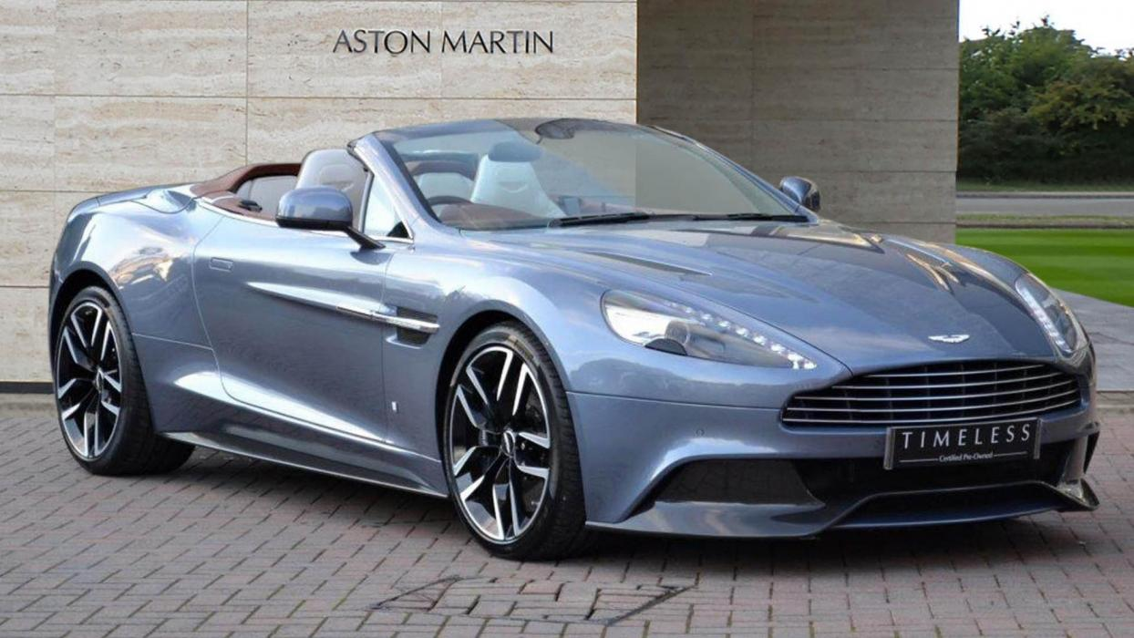 Aston Martin Vanquish Volante AM37 one-off Q deportivo descapotable