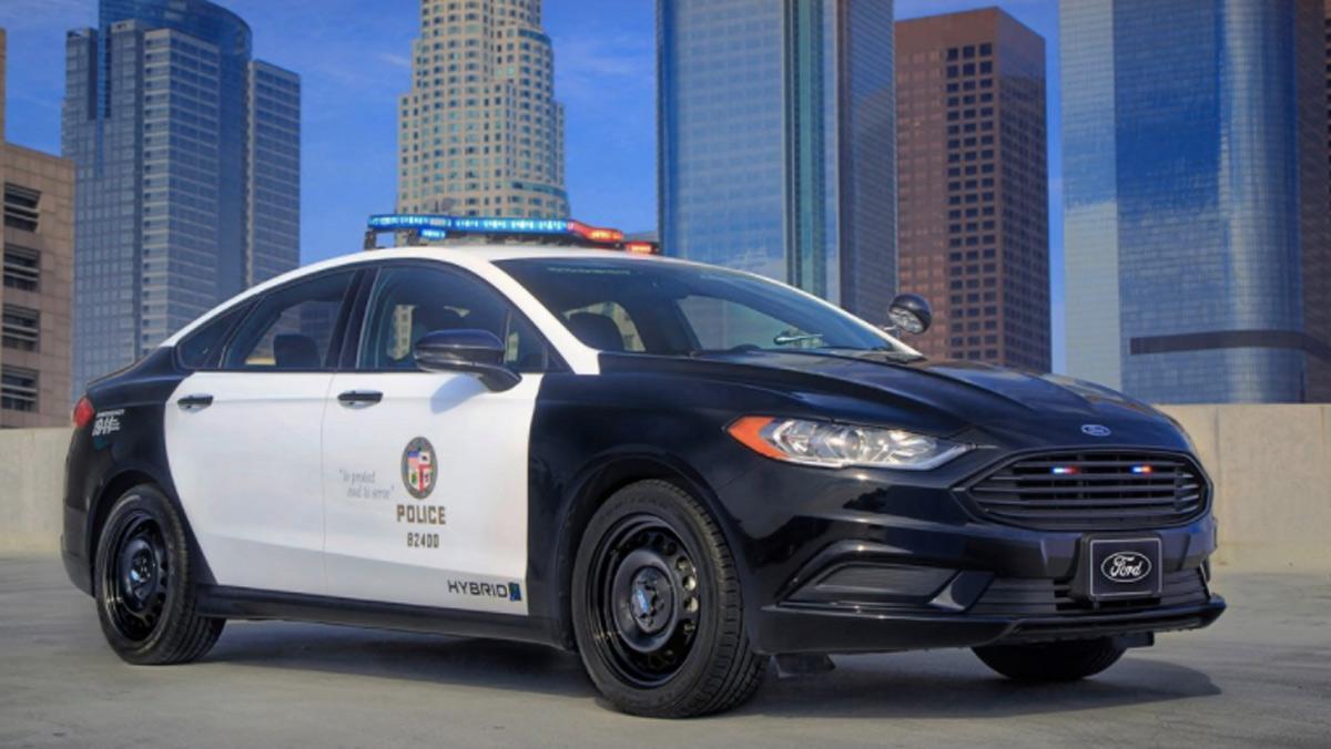 Coche de Policía de Ford (I)