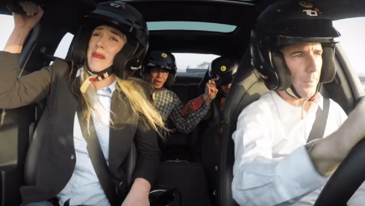 Esto es lo que pasa por compartir coche con extraños