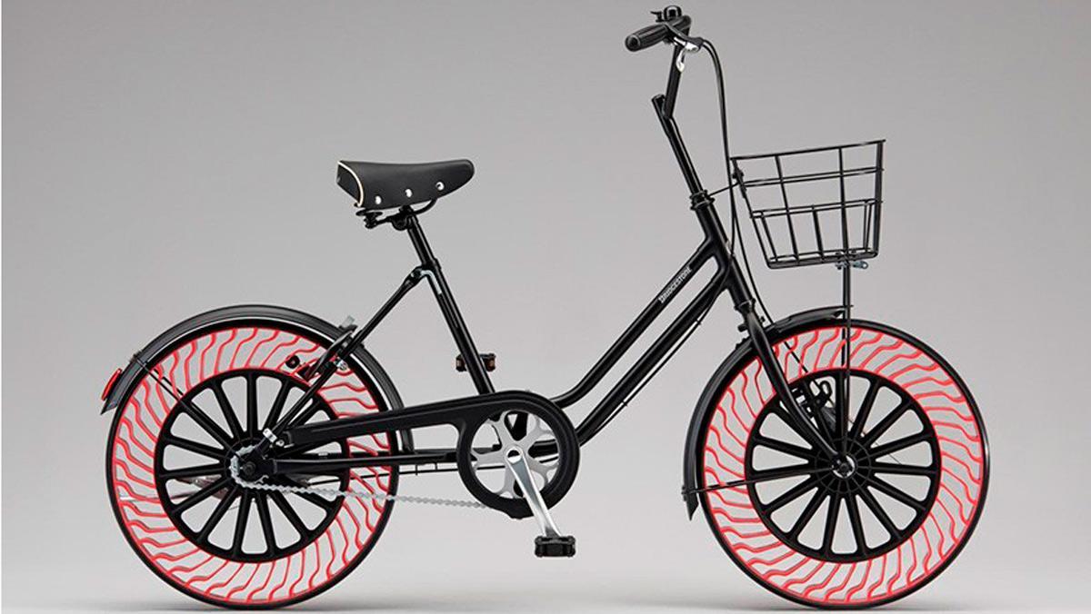 Neumáticos sin aire bicicletas Bridgestone (I)