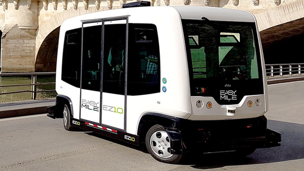 Uber estudia emplear vehículos autónomos de 12 plazas en California