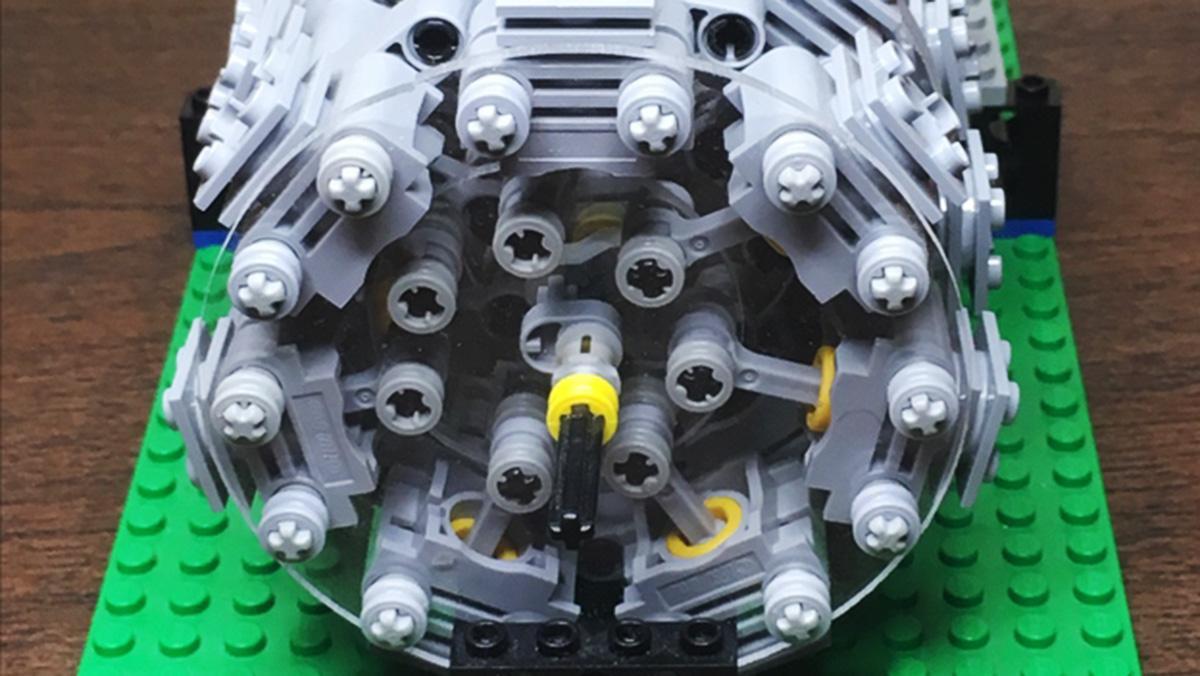 Así es el alucinante motor radial de Lego