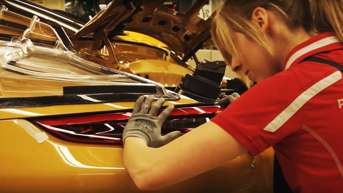 Así fabrica Porsche el 911 Turbo S Exclusive Series