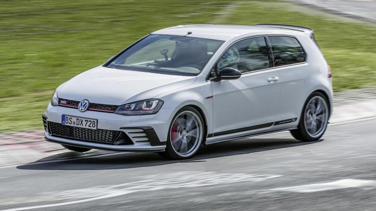 Compactos que más aceleran: Volkswagen Golf GTI Clubsport, 5,9 segundos