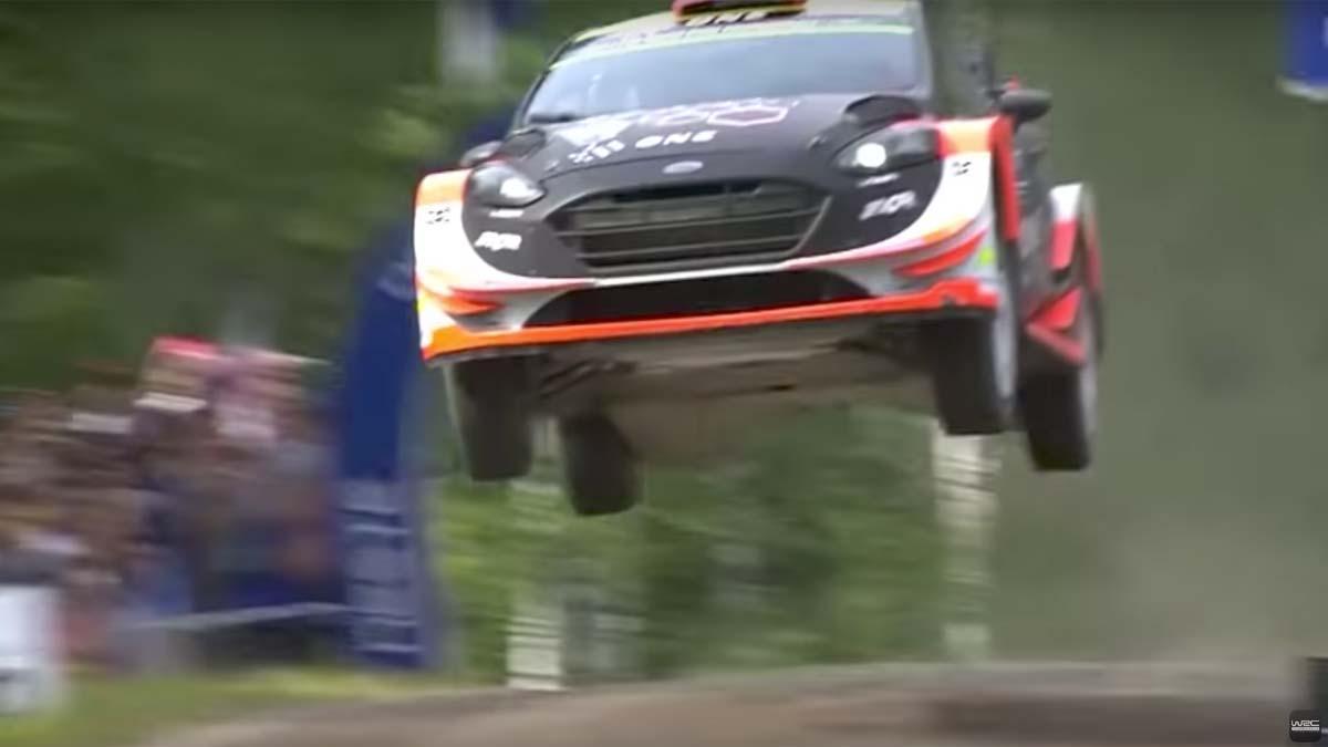 Salto Ostberg Rally de Finlandia Ford Fiesta WRC Rally