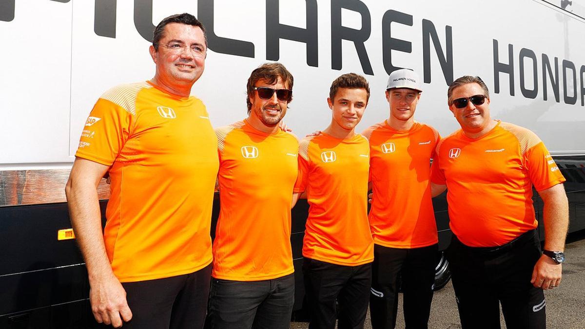 Boullier dice que Alonso se queda en McLaren