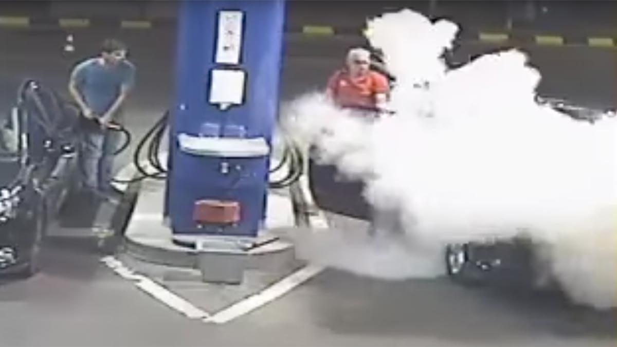 gasolinero extintor peligro inconsciencia gasolinera