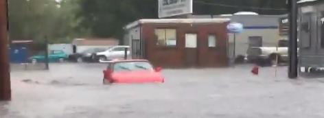 Porsche 944 inundación