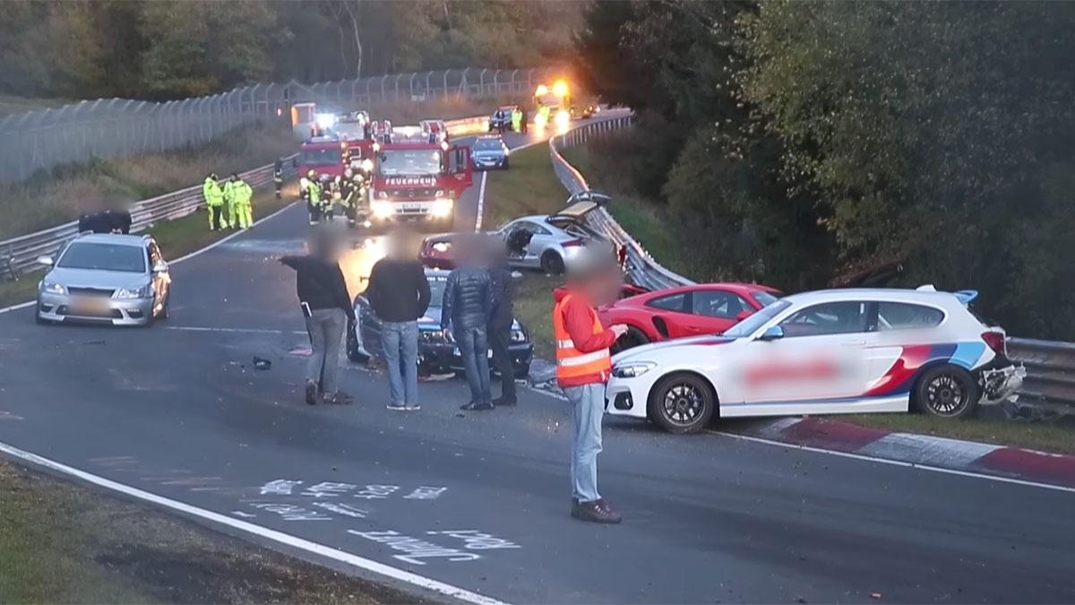 Accidente multiple en Nürburgring circuito crash
