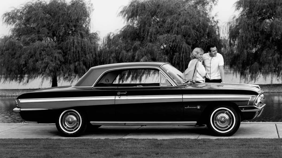Oldsmobile F85 Cutlass Jetfire coupe deportivo clasico americano