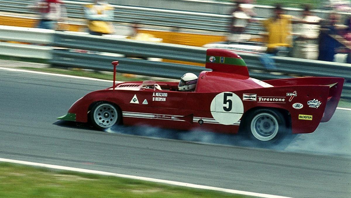 Alfa_Romeo_33_TT_12_1975 SportsCarChamp Lothar Spurzem