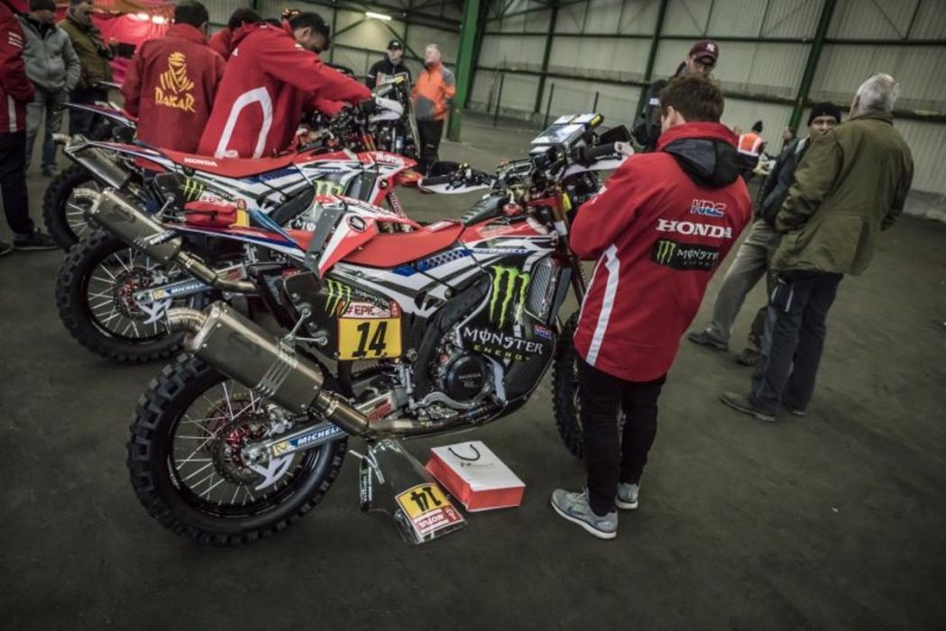 Una de las motos del equipo oficial Honda en el Rally Dakar 2018 ha sido robada