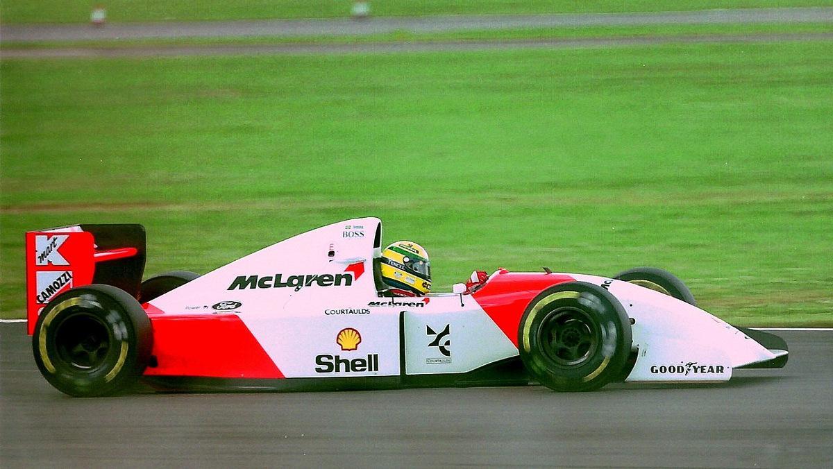 Ayrton_Senna_-_Mclaren_MP4-8