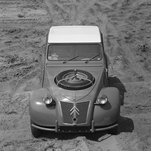 Historia Citroën 2 CV Sáhara
