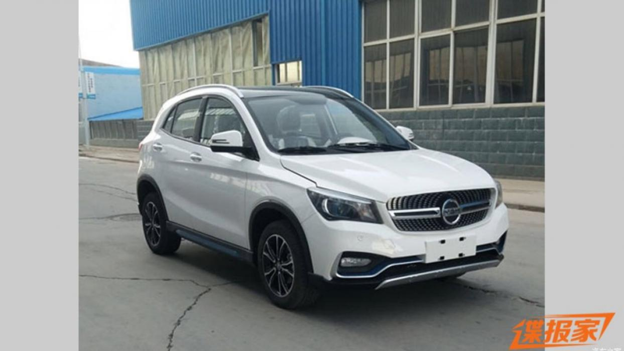 K-One eléctrico (copia Mercedes GLA)