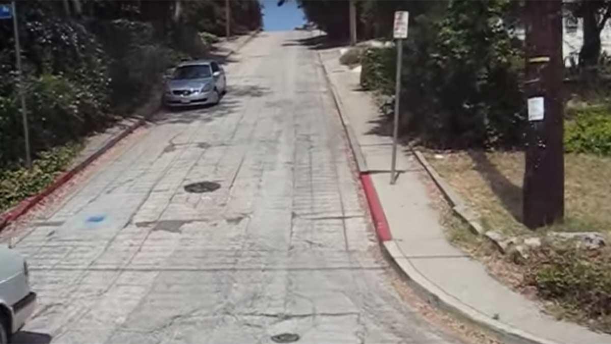 Los Angeles calle empinada montaña subida