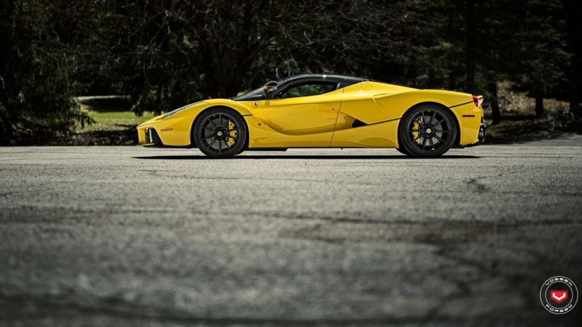 Ferrari LaFerrari Vossen