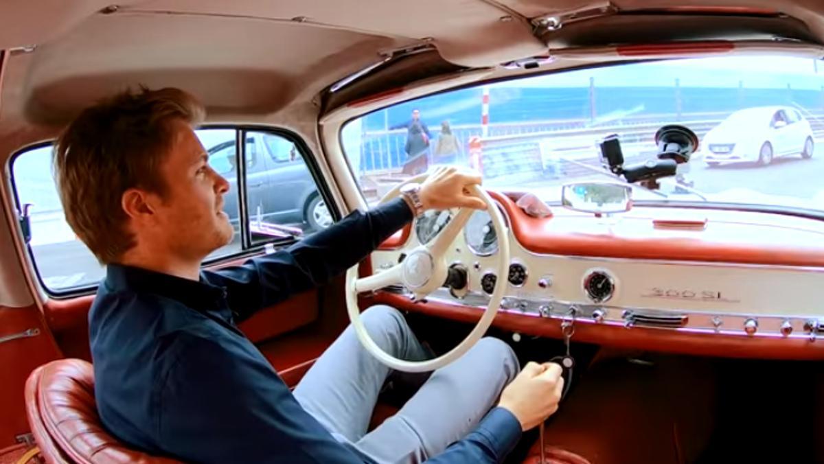 Nico y su Mercedes SL 'Alas de gaviota' 1955