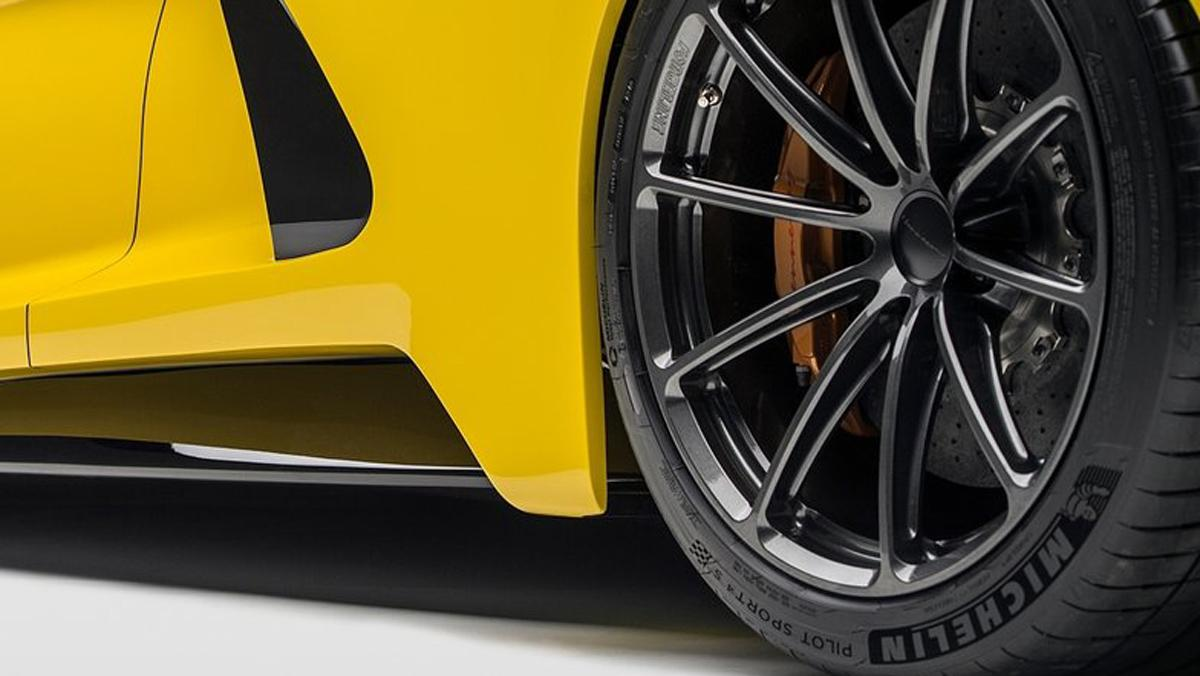 Hennessey Venom F5 neumáticos