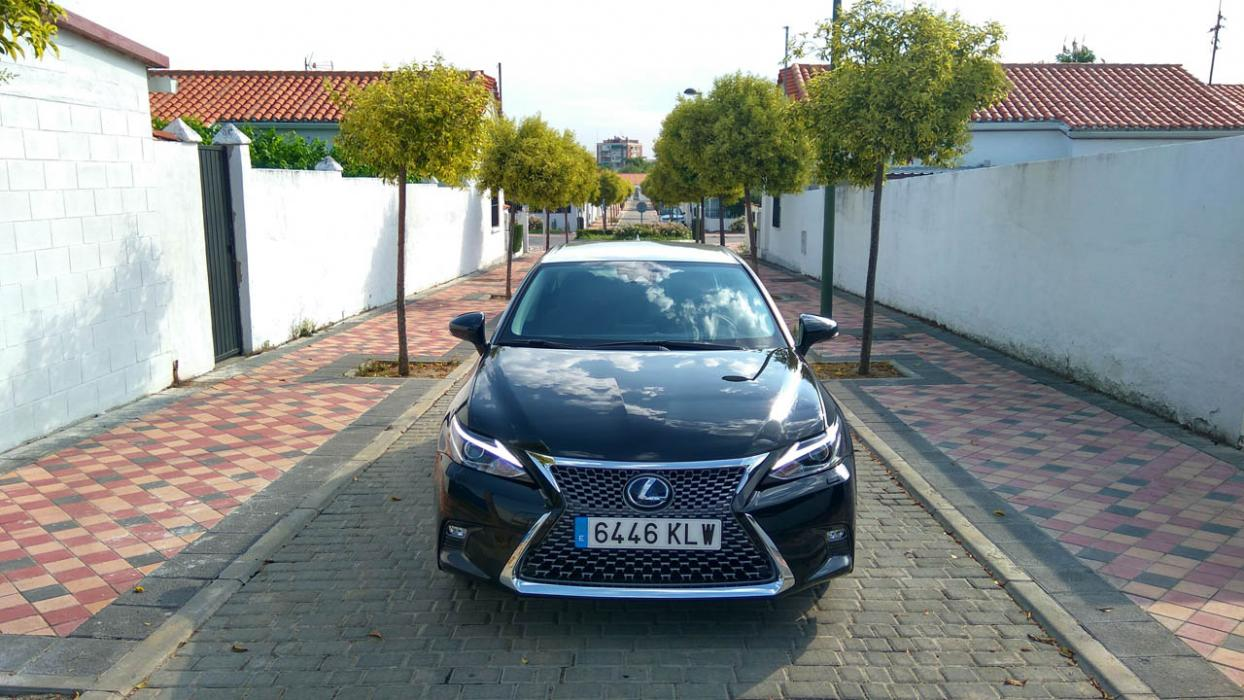 Lexus CT 200h Black & Grey Edition