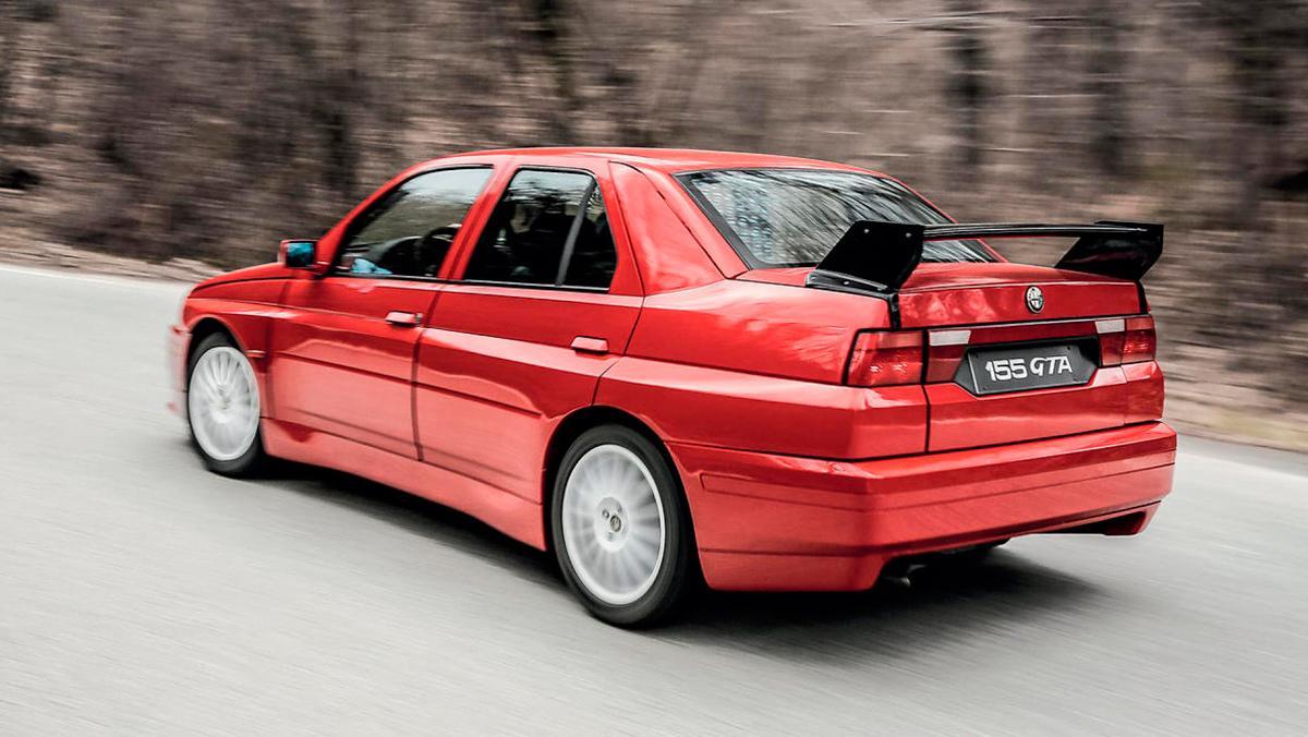 Alfa Romeo 155 GTA Stradale (trasera)