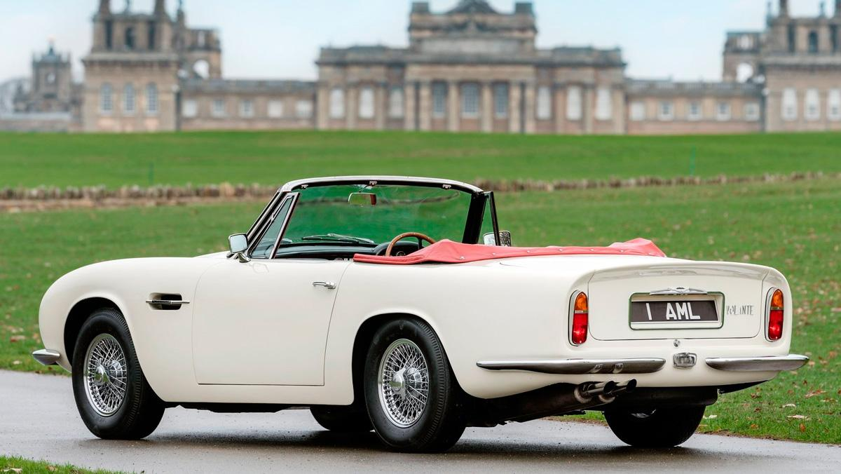 Aston Martin Heritage EV Concept (trasera)