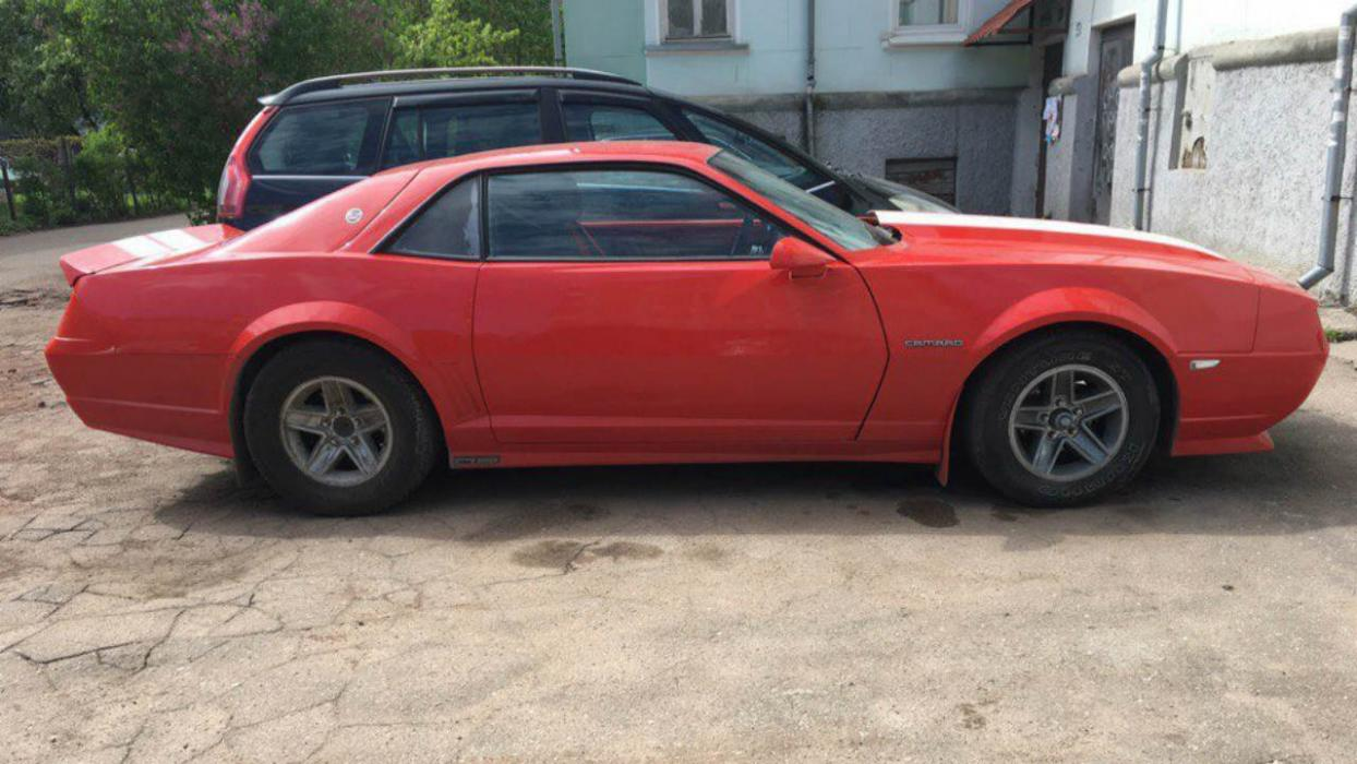 Chevrolet Camaro transformado