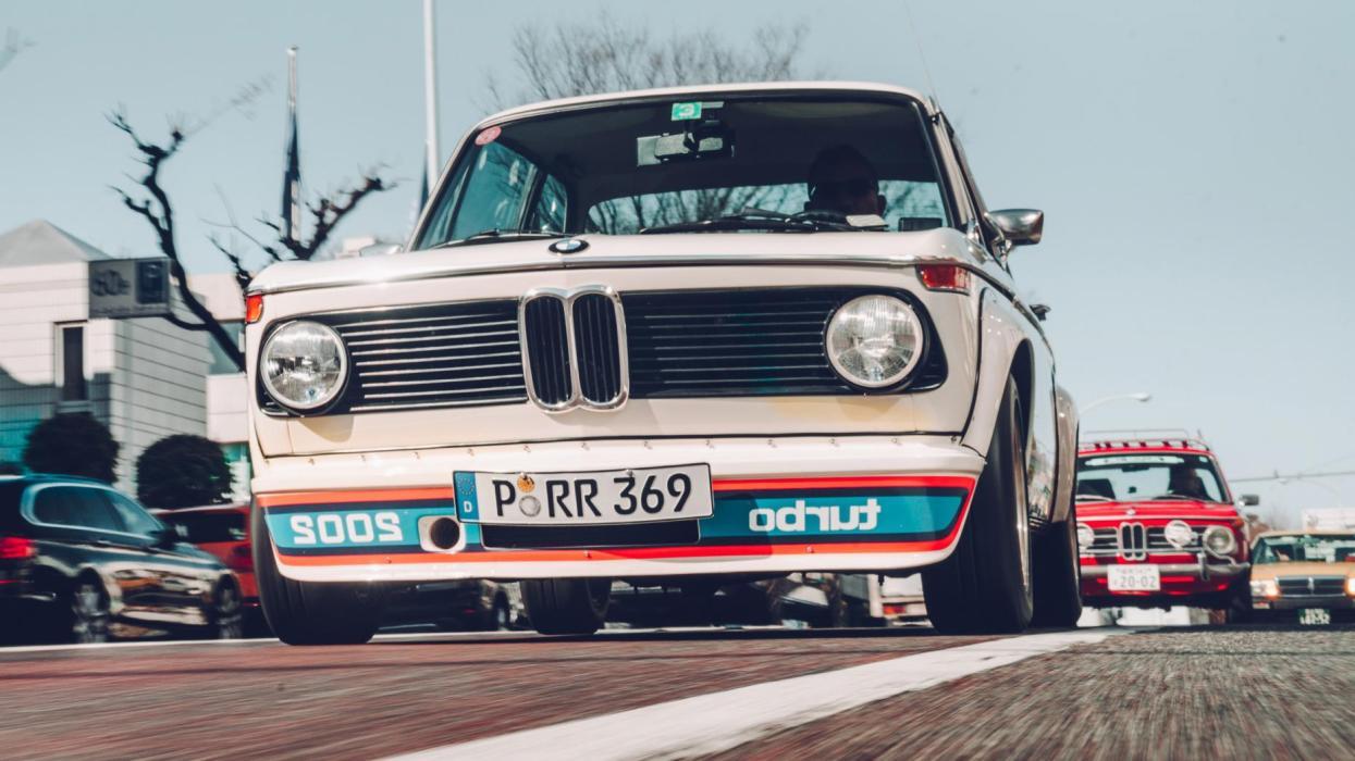 BMW 2002 Turbo (dinámica)