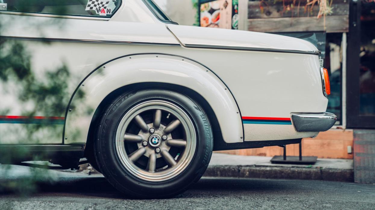 BMW 2002 Turbo (maletero)