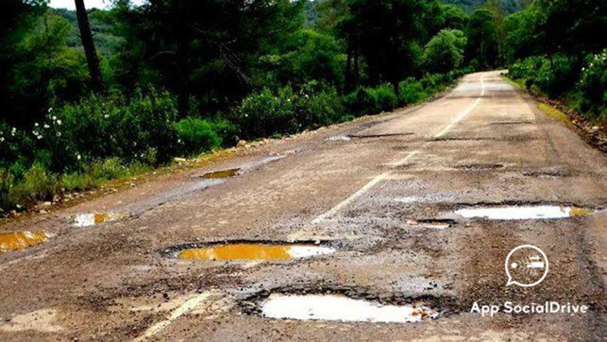 Carreteras en mal estado. Helechosa de los Montes