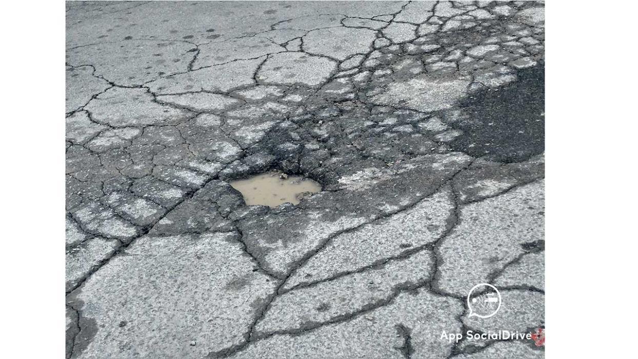 Carreteras en mal estado. Terrasa. Barcelona