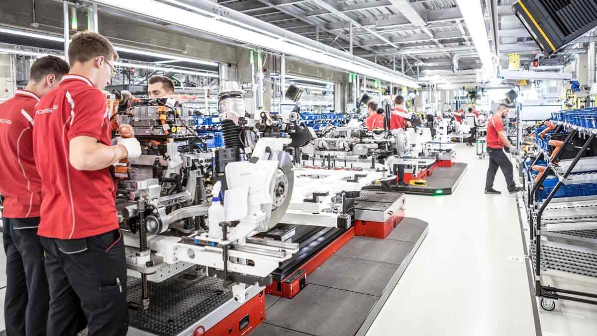 Porsche Taycan fábrica de Zuffenhausen